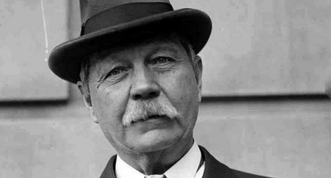 Arthur Conan Doyle 1859-1930